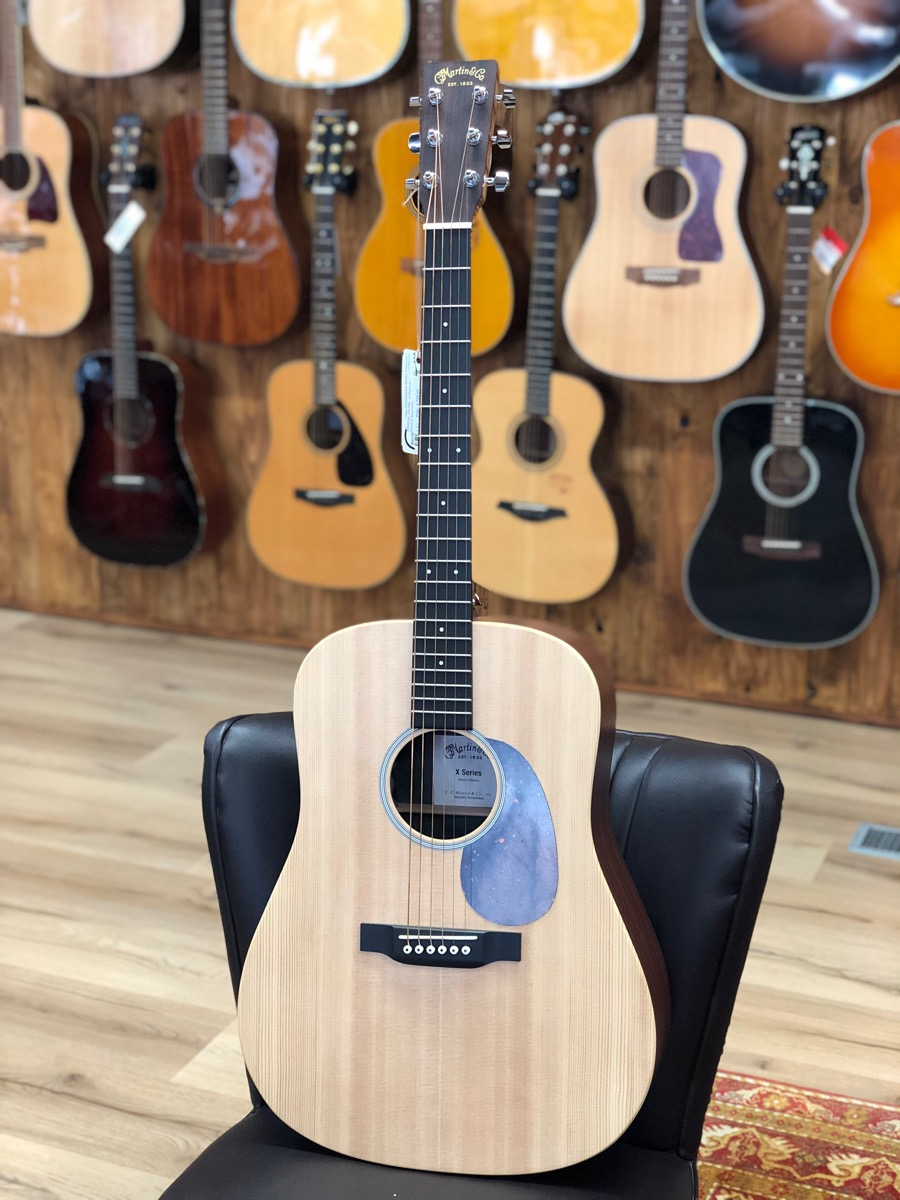 MARTIN -DX1AE  Folkgitaar - Electric Acoustic