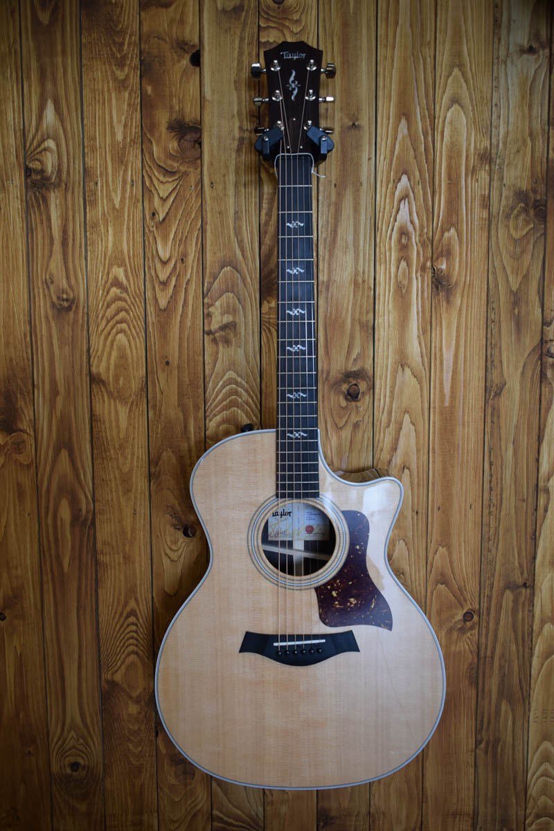 TAYLOR -414ceR- Vclass Bracing Rosewood Sitka